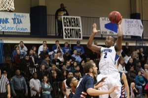 Aaron Walton-Moss (No. 2) scored 11 points and added 10 rebounds for a double-double. (Jaime Viggiano / Staff Photographer)